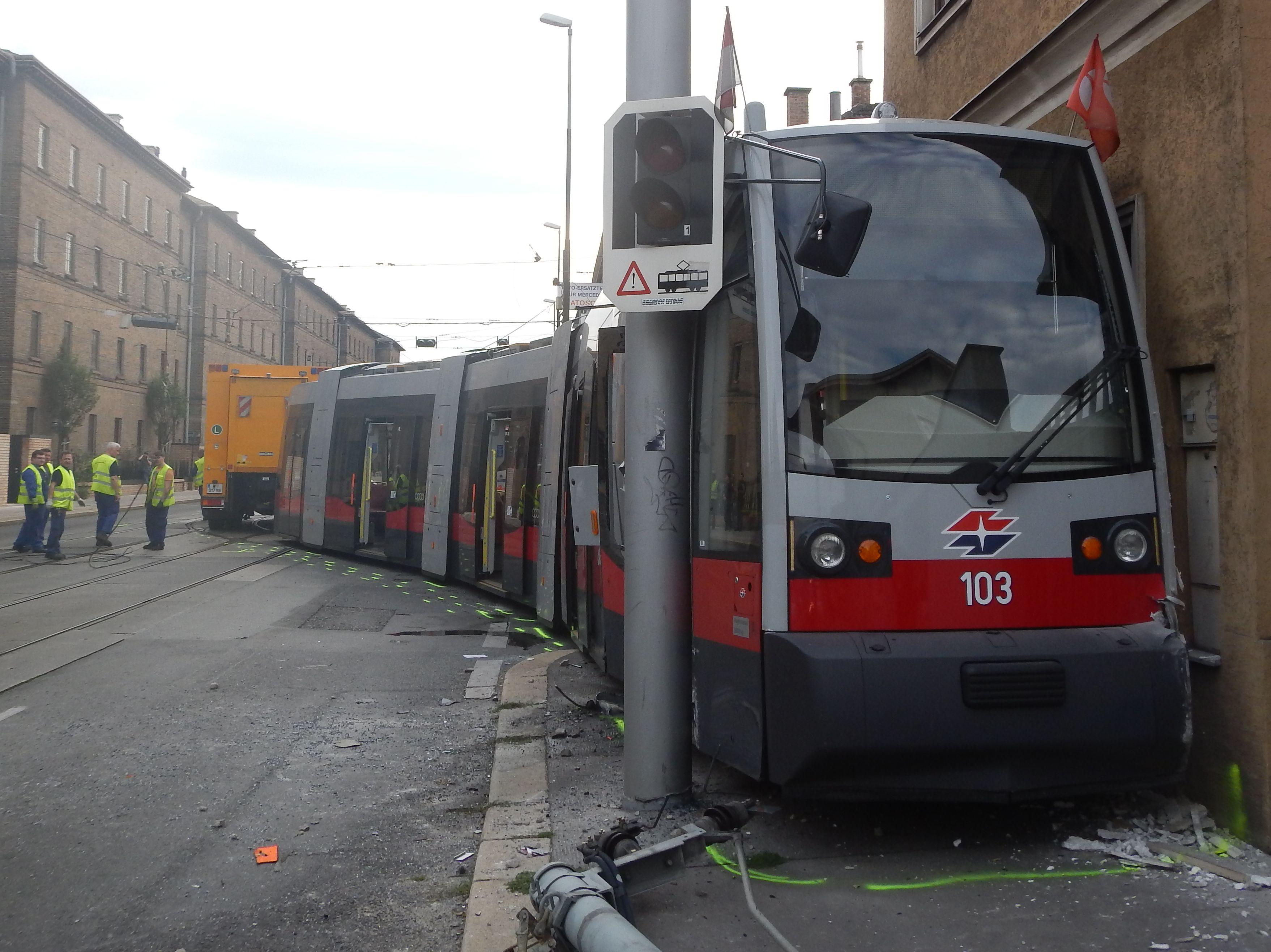 Darmstadt Straßenbahn Unfall Heute