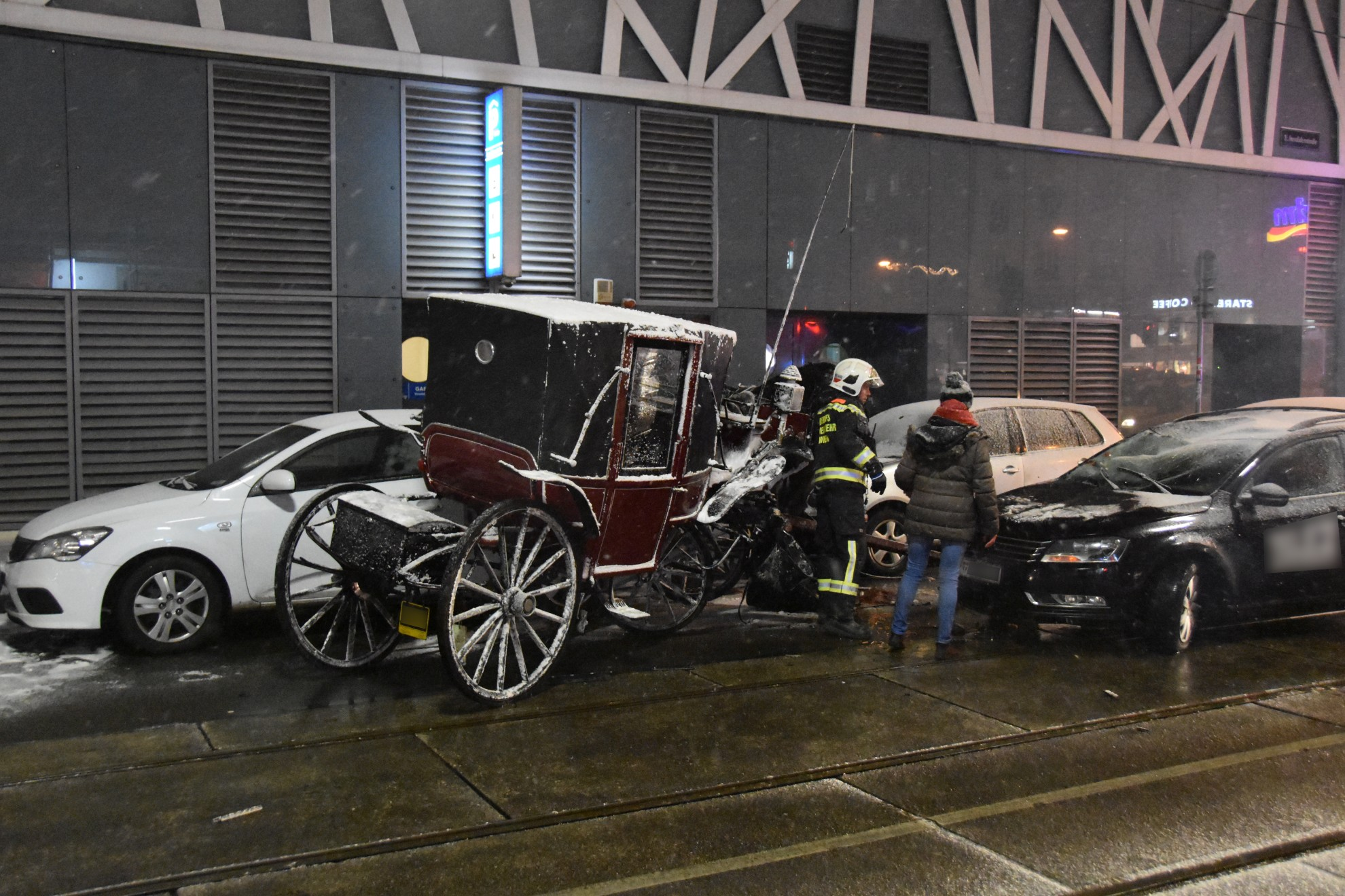 Kutscher und Pferd bei Verkehrsunfall verletzt – ÖBFV