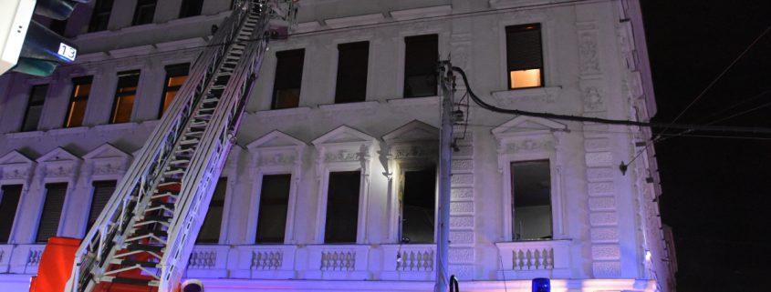 Fünf Verletzte nach Explosion in einem Wohnhaus