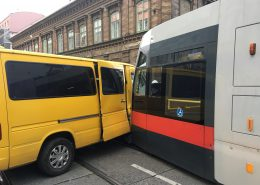 Verkehrsunfall mit Straßenbahn
