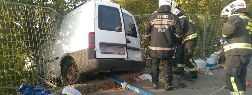 Spektakulärer Verkehrsunfall auf der Grünbergstraße
