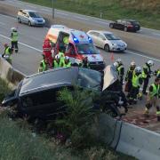 Fünf zum Teil Schwerverletzte nach Verkehrsunfall auf S1