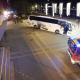 Stiegen bremsen verirrten Reisebus bei der Schiffsanlegestelle Reichsbrücke