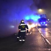 Berufsfeuerwehr Wien löscht Brand in ehemaligen Einkaufszentrum in Floridsdorf