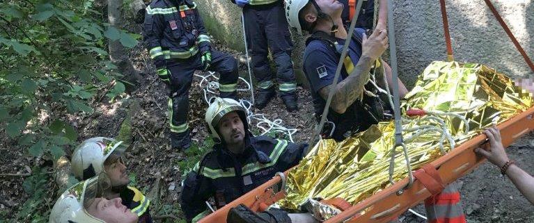 Berufsfeuerwehr Wien rückt zwei Mal zu Freizeitunfällen im Bereich der Höhenstraße aus